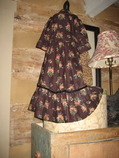 EARLY DOL DRESS-JOAN LUCAS ANTIQUES