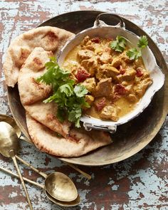 This super flavorful Butter Chicken rivals any takeout and couldn't be easier to make! It's especially delicious served with a warm piece of naan bread! Chicken Salad Recipes, Beef Recipes, Vegetarian Recipes, Cooking Recipes, Healthy Recipes, Healthy Dinners, Yummy Recipes, Easy Meals, Healthy Vegetarian Recipes