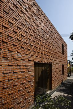 Gallery of Termitary House / Tropical Space - 24