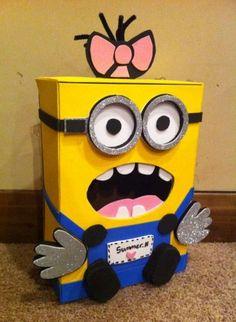 Minion valentine box for Bader Minion Valentine, Valentine Boxes For School, Kinder Valentines, Valentines Day Treats, Valentine Day Crafts, Holiday Crafts, Holiday Fun, Valentinstag Party, Minion Party