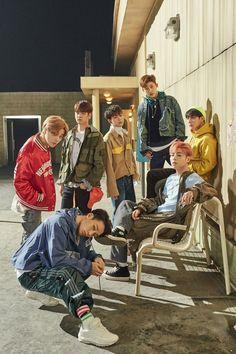 K-Pop Wallpapers {Complete} Yg Entertainment, K Pop, Bobby, Ntc Dream, Winner Ikon, Ikon Member, Kim Jinhwan, Ikon Junhoe, V Bts Cute