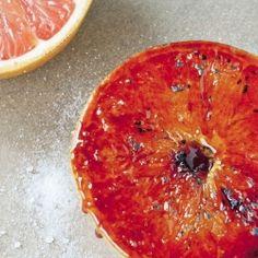How to caramelize grapefruit (so easy!).