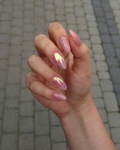 Glamour Nails art girl polish cute makeUp is part of Soft White nails Natural - Soft White nails Natural Cute Acrylic Nails, Cute Nails, Pretty Nails, Nail Manicure, Gel Nails, Gold Nail Designs, Art Designs, Design Art, Glamour Nails