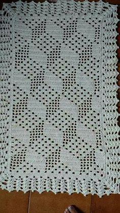 Baby Blanket Crochet, Crochet Baby, Doll Patterns, Crochet Patterns, Table Runners, Fillet Crochet, Crochet Tablecloth, Crochet Home, Crochet Flowers