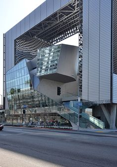 Emerson College Los Angeles, California designed by Morphosis Architects