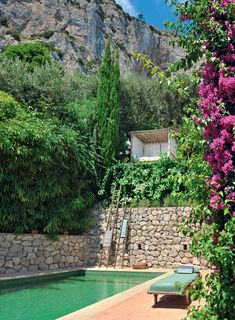 a beautiful home on the Island of Capri, Italy ... what a view! dustjacket attic: Lazy Sunday