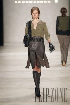Schumacher Fall-winter 2012-2013 - Ready-to-Wear - http://www.flip-zone.com/fashion/ready-to-wear/independant-designers/schumacher-2485