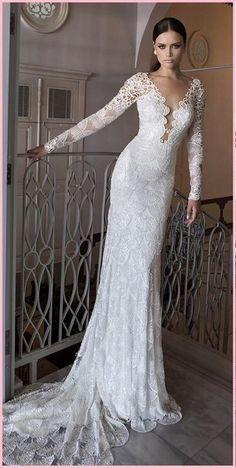 Sexy retro vintage trouwjurk van gehaakt kant met sleepje