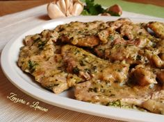 Escalopes parsley and garlic - scaloppine prezzemolo e aglio Veal Recipes, Meatloaf Recipes, Dinner Recipes, Cooking Recipes, Spinach Pie, Food Therapy, Prime Rib Roast, Aglio, Italy Food