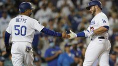 Dodgers clinch 9th straight postseason berth with 8-4 win over D-backs - ABC7 Los Angeles Justin Turner, Cy Young Award, Albert Pujols, Mookie Betts, David Price, Dodgers Baseball, Arizona Diamondbacks, Los Angeles Dodgers, Walking By