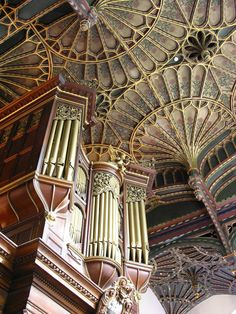 With fan ceiling and organ. Cathedral Architecture, Gothic Architecture, Historical Architecture, Architecture Details, Oxford England, London England, Oxford City, My Father's House, Yorkshire England