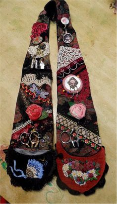 olderrose -- notion chatelaine, wear around your neck to keep everything handy.