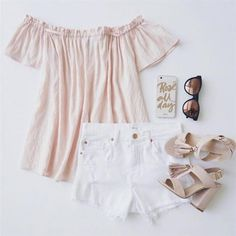 it's the Natural Performer Nude Suede Tassel Heels! Vegan suede T-strap heels have tassels and a heel. Summer Outfits, Cute Outfits, Summer Dresses, Tassel Heels, Beautiful Gowns, Dress To Impress, Love Fashion, Fashion Ideas, My Style