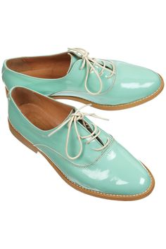 mint green oxfords! i could work all day in these!