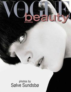 Vogue Italia April 2013 cover