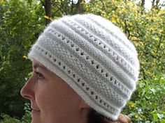 "Ravelry: ""White cloud"" hat pattern by Maria Petikhina"