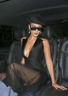 Bella Hadid Outfits, Bella Hadid Style, Look Fashion, High Fashion, Fashion Outfits, Fashion Ideas, Fashion Beauty, Winter Fashion, Fashion Tips