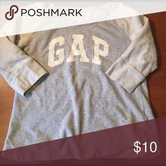 Gap two-tone gray sweatshirt 3/4 length sleeves with scoopneck GAP Tops Sweatshirts & Hoodies