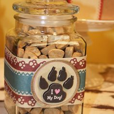 Dog Treat Jar. I could do this.