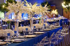 beautiful blue and white tablescape   Photo by QWeddings