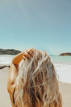 Mackenzienoelm summer pictures, hair inspo, beach pics, beach pictures, b. Lila Shampoo, Best Purple Shampoo, Look Body, Hydrate Hair, Leave In, Moroccan Oil, Summer Aesthetic, Summer Photos, Surfer Girls