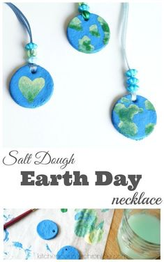 This Salt Dough Earth Day Necklace Craft is a great activity for elementary kids! A fun activity to add to any Earth Day unit! #jewelrymakingforpreschoolers #earthdaycrafts