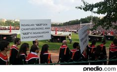 """ODTÜ Mezuniyet Töreninden """"Gezi Parkı"""" Göndermeli En Yaratıcı Pankartlar - onedio.com"""