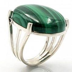 Metal Jewelry, Jewelry Art, Jewelry Rings, Women Jewelry, Jewelry Design, Silver Accessories, Silver Work, Hippie Jewelry, Topaz Ring