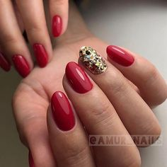 Изящный маникюрчик от мастера нашей студии #КристинаПерешивкина 💅🏼 #amur_nails_manicure #luxio_classy #swarovski #akzentz #luxio #luxiogel #luxio_vrn #manicure #nails #ногтиворонеж #воронежманикюр #воронежногти #гельлакворонеж #воронеж #vrn #маникюрворонеж #красивыйманикюр #маникюрчик #nailstagram #идеяманикюра #маникюр #ногти #красивыеногти