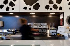 A Coffee House Made From Coffee / LOFF Atelier