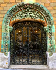 Art Nouveau, Art Deco, Architecture Parisienne, Paris Architecture, The Doors Of Perception, Cool Doors, Paris Love, Paris Art, Architectural Elements