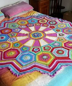 Crochet blanket looks sooo colourful and cool | Вязаный крючком плед