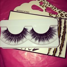 Flutter lashes intoxicating