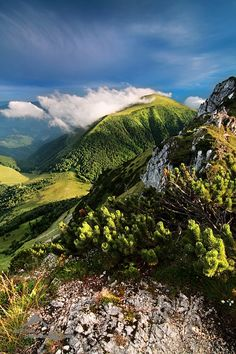 Malá Fatra - such a beautiful scenery - Slovakia Bratislava, Places To Travel, Places To Visit, Heart Of Europe, Famous Places, Central Europe, Mountain Landscape, Nature Images, Amazing Nature