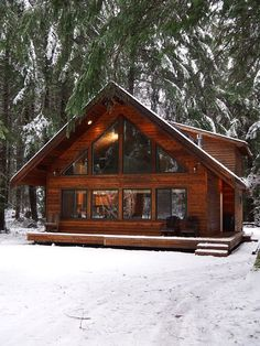 Cabins can't be reserved for at least 14 days in a row. Be aware that not each one of the cabins pictured on Flickr might be rented. If you're interested in bui...