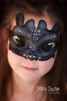 Inspiring Children& Makeup For Halloween by Christy Lewis Check out this inspiring Children's Makeup For Halloween by New Zealand artist Christy Lewis and her Daizy Design Face Painting. Adorable animals and more. Dragon Face Painting, Childrens Makeup, Dragon Makeup, Face Paint Makeup, Makeup Art, Kids Makeup, Face Painting Designs, Paint Designs, How Train Your Dragon