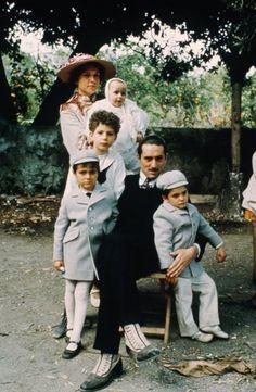 Still of Robert De Niro and Francesca De Sapio in The Godfather: Part II (1974)