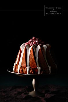 Cranberry-Citrus & Coconut Cake - a nice holiday dessert recipe. Sweet Recipes, Cake Recipes, Dessert Recipes, Holiday Desserts, Just Desserts, Café Chocolate, Decoration Patisserie, Piece Of Cakes, Pavlova