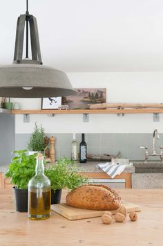 Keuken | kitchen | vtwonen 03-2017 | Fotografie Suzanne Paap | Styling Irene van den Brink
