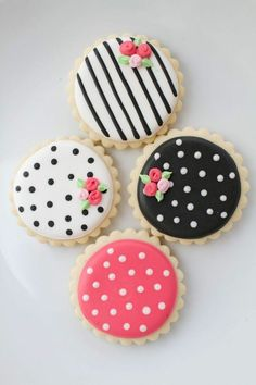 Baking biscuits - 70 fancy ideas for delicious biscuits - DIY - Do it yourself - Selber Machen - Europaletten No Bake Cookies, Yummy Cookies, Sugar Cookies, Fancy Biscuit, Canned Blueberries, Scones Ingredients, Cake Games, Cinnamon Cream Cheese Frosting, Pumpkin Spice Cupcakes