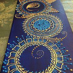 technique: puffy paint henna on canvas Henna Canvas, Diy Canvas, Canvas Art, Mandala Art, Mandala Canvas, Mandala Tattoo, Henna Kunst, Henna Art, Glue Art