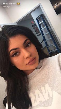 wanna-be-kardashian - Kylie Jenner Style Kylie Jenner Snapchat, Kylie Jenner Outfits, Kylie Jenner Mode, Kylie Jenner Fotos, Kylie Jenner Pictures, Kyle Jenner, Kendall And Kylie Jenner, Selfies, Kylie Travis