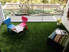 Artificial turf balcony for kids