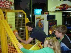 Edmund (Skandar), Eustace (Will), & Lilliandill at the arcade. Edmund Narnia, Narnia Cast, Narnia 3, Skandar Keynes, Edmund Pevensie, Chronicles Of Narnia, Group Work, Boyfriend Material, Arcade