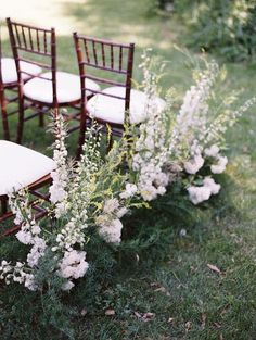 Can we just take a moment to admire theseamazing wedding ideas for ceremonies? Each sweet little picture is packed with so much inspiration it should be a crime to look this good! From creative seating arrangements to glorious altars decked out in dramatic florals, you'll surely find a but of inspiration here. Take a look! […]