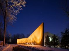 Arquitectos: William Reue Architecture  Proyecto: A House in the Woods  Ubicación: Ulster, NY, USA