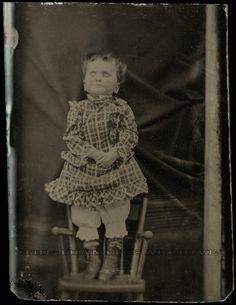 Stiff Pose Victorian Postmortem photography (140 Pics) - mdolla