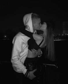 Cute Couples Photos, Cute Couple Pictures, Cute Couples Goals, Couples In Love, Couple Photos, Boyfriend Photos, Boyfriend Goals, Couple Goals Relationships, Relationship Goals Pictures