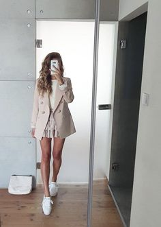 Follow our Pinterest Zaza_muse for more similar pictures :) Instagram: @zaza.muse | Women's fashion. Summer Work Outfits, Spring Outfits, Business Casual Outfits, Casual Ootd, Trends, Celebrity Outfits, Zara, Cute Outfits, Fashion Looks