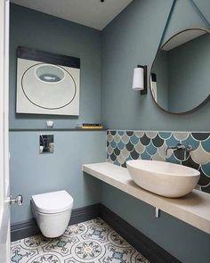 idéia deco wc: Kew Ground Floor Wc Fired Earth Tiles And Walnut Loop Mirror Kew Ideia Deco Wc Bathroom Floor Tiles, Bathroom Toilets, Small Bathroom, Bathroom Ideas, Wall Tiles, Room Tiles, Tiled Bathrooms, Luxury Bathrooms, Bathroom Modern